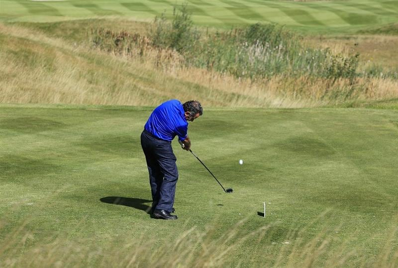 KUTNA HORA, CZECH REPUBLIC - SEPTEMBER 18:  Sam Torrance of Scotland in action during the second round of the Casa Serena Open played at Casa Serena Golf on September 18, 2010 in Kutna Hora, Czech Republic.  (Photo by Phil Inglis/Getty Images)