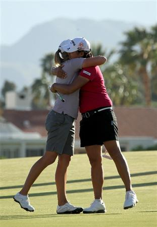 RANCHO MIRAGE,CA - APRIL 3:  Champion Stacy Lewis (L) hugs second place finisher Yani Tseng of Taiwan after the final round of the Kraft Nabisco Championship at Mission Hills Country Club on April 3, 2011 in Rancho Mirage, California.  (Photo by Stephen Dunn/Getty Images)