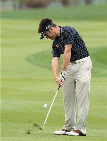 ABU DHABI, UNITED ARAB EMIRATES - JANUARY 19:  Louis Oosthuizen of South Africa during the pro-am as a preview for the 2011 Abu Dhabi HSBC Golf Championship to be held at the Abu Dhabi Golf Club on January 19, 2011 in Abu Dhabi, United Arab Emirates.  (Photo by David Cannon/Getty Images)