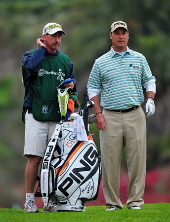 PACIFIC PALISADES, CA - FEBRUARY 22:  Chris DiMarco of USA and caddie on the first hole during the final round of the Northern Trust Open at the Riviera Country Club February 22, 2009 in Pacific Palisades, California.  (Photo by Stuart Franklin/Getty Images)
