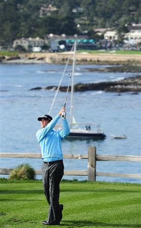 PEBBLE BEACH, CA - FEBRUARY 12:  Matt Jones of Australia plays his tee shot on the seventh hole during round two of the AT&T Pebble Beach National Pro-Am at Pebble Beach Golf Links on February 12, 2010 in Pebble Beach, California.  (Photo by Stuart Franklin/Getty Images)