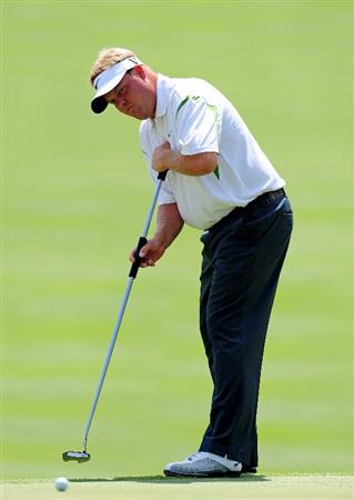 AKRON, OH - AUGUST 07:  Carl Pettersen of Sweden putting on the nineth hole during the second round of the World Golf Championship Bridgestone Invitational on August 7, 2009 at Firestone Country Club in Akron, Ohio.  (Photo by Stuart Franklin/Getty Images)