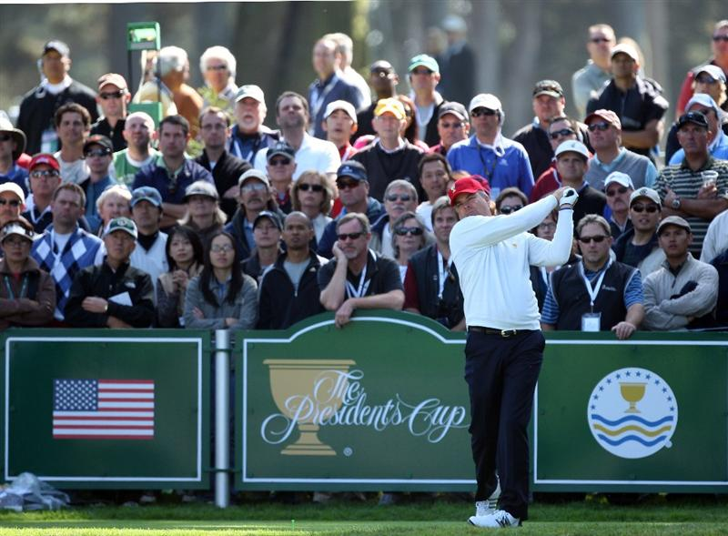 SAN FRANCISCO - OCTOBER 09:  Kenny Perry of the USA Team hits his tee shot at the 7th hole during the Day Two Fourball Matches in The Presidents Cup at Harding Park Golf Course on October 9, 2009 in San Francisco, California  (Photo by David Cannon/Getty Images)