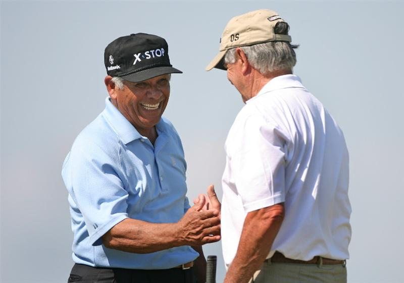 SAVANNAH, GA - APRIL 24 : (L-R) Lee Trevino shakes hands with his playing partner Mike Hill on the 18th hole during the first round of the Liberty Mutual Legends of Golf at the Westin Savannah Harbor Golf Resort and Spa on April 24, 2009 in Savannah, Georgia. (Photo by Hunter Martin/Getty Images)