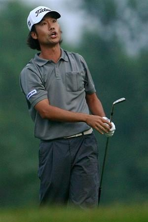 OAKVILLE, ONTARIO - JULY 23:  Kevin Na reacts to his second shot on the nineth hole during round one of the RBC Canadian Open at Glen Abbey Golf Club on July 23, 2009 in Oakville, Ontario, Canada.  (Photo by Chris McGrath/Getty Images)