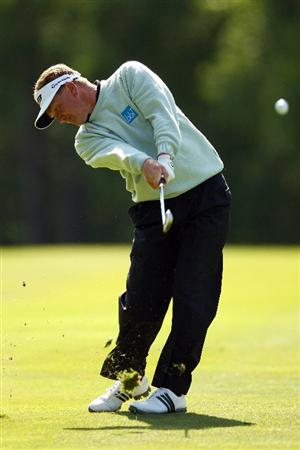 WENTWORTH, ENGLAND - MAY 22: Paul Broadhurst of England hits his second shot on the 9th hole during the Second Round of the BMW PGA Championship at Wentworth on May 22, 2009 in Virginia Water, England.  (Photo by Ian Walton/Getty Images)
