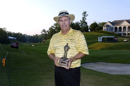 Jay Sigel wins the Georgia Pacific Grand Champions award after  the second round of  the 2005 Bruno's Memorial Classic, May 21, in Hoover, Al.Photo by Al Messerschmidt/WireImage.com