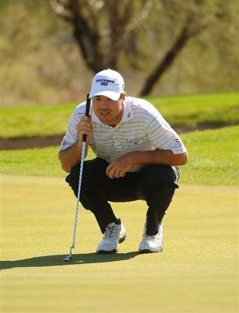SCOTTSDALE AZ - OCTOBER 25: Arron Olberholser lines up a birdie putt on the 1st hole during the third round of  the Fry's.Com Open held at Grayhawk Golf Club on October 25, 2008 in Scottsdale, Arizona. (Photo by Marc Feldman/Getty Images)