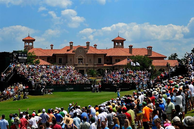 PONTE VEDRA BEACH, FL - MAY 10:  Alex Cejka of Germany plays his tee shot on the first hole during the final round of THE PLAYERS Championship on THE PLAYERS Stadium Course at TPC Sawgrass on May 10, 2009 in Ponte Vedra Beach, Florida.  (Photo by Sam Greenwood/Getty Images)