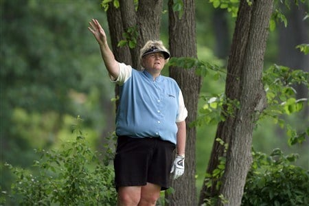EDINA, MN - JUNE 25:  Laura Davies of England waits to tee off at the 15th hole during a practice round prior to the 2008 U.S. Women's Open at Interlachen Country Club on June 25, 2008 in Edina, Minnesota.  (Photo by David Cannon/Getty Images)