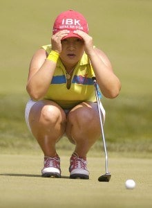 Jeong Jang lines up her putt on the on the 16th hole during the third round of the Wegmans LPGA in Pittsford, New York, June 24, 2006.Photo by Kevin Rivoli/WireImage.com