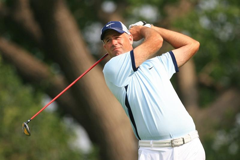 FT. WORTH, TX - MAY 19: Stewart Cink hits his tee shot on the ninth hole during the first round of the Crowne Plaza Invitational at Colonial Country Club on May 19, 2011 in Ft. Worth, Texas. (Photo by Hunter Martin/Getty Images)