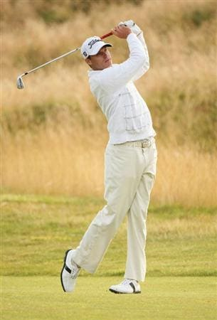 TURNBERRY, SCOTLAND - JULY 16:  Nick Watney of USA hits an approach shot on the third hole during round one of the 138th Open Championship on the Ailsa Course, Turnberry Golf Club on July 16, 2009 in Turnberry, Scotland.  (Photo by Warren Little/Getty Images)