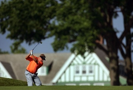 OAKMONT, PA - JUNE 15:  Carl Pettersson of Sweden hits a shot on the 11th hole hole during the second round of the 107th U.S. Open Championship at Oakmont Country Club on June 15, 2007 in Oakmont, Pennsylvania.  (Photo by Ross Kinnaird/Getty Images)