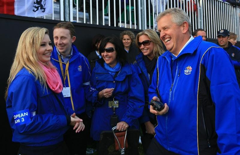 NEWPORT, WALES - OCTOBER 04:  The European Team Captain Colin Montgomerie with his wife Gaynor on the first hole in the singles matches during the 2010 Ryder Cup at the Celtic Manor Resort on October 4, 2010 in Newport, Wales.  (Photo by David Cannon/Getty Images)