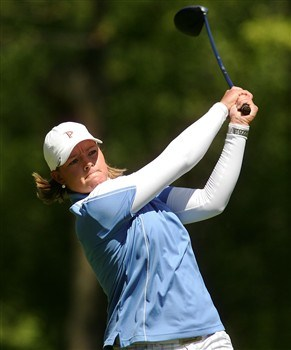 CORNING, NY - MAY 25:   Katherine Hull of Australia hits her tee shot on the 14th hole during the final round of the LPGA Corning Classic at Corning Country Club on May 25, 2008 in Corning, New York.  (Photo by Kyle Auclair/Getty Images)