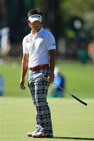 AUGUSTA, GA - APRIL 07:  Hiroyuki Fujita of Japan watches a putt on the third green during the first round of the 2011 Masters Tournament at Augusta National Golf Club on April 7, 2011 in Augusta, Georgia.  (Photo by David Cannon/Getty Images)