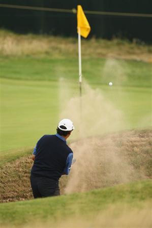 TURNBERRY, SCOTLAND - JULY 16:  Michael Campbell of New Zealand hits his fourth shot on the 7th hole during round one of the 138th Open Championship on the Ailsa Course, Turnberry Golf Club on July 16, 2009 in Turnberry, Scotland.  (Photo by Ross Kinnaird/Getty Images)