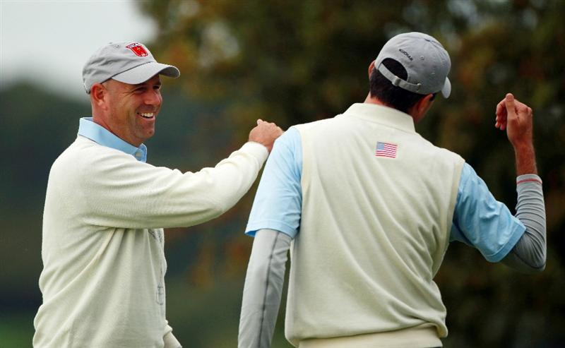 NEWPORT, WALES - OCTOBER 01:  Stewart Cink (L) of the USA celebrates with Matt Kuchar on the 5th hole during the Morning Fourball Matches during the 2010 Ryder Cup at the Celtic Manor Resort on October 1, 2010 in Newport, Wales.  (Photo by Andrew Redington/Getty Images)