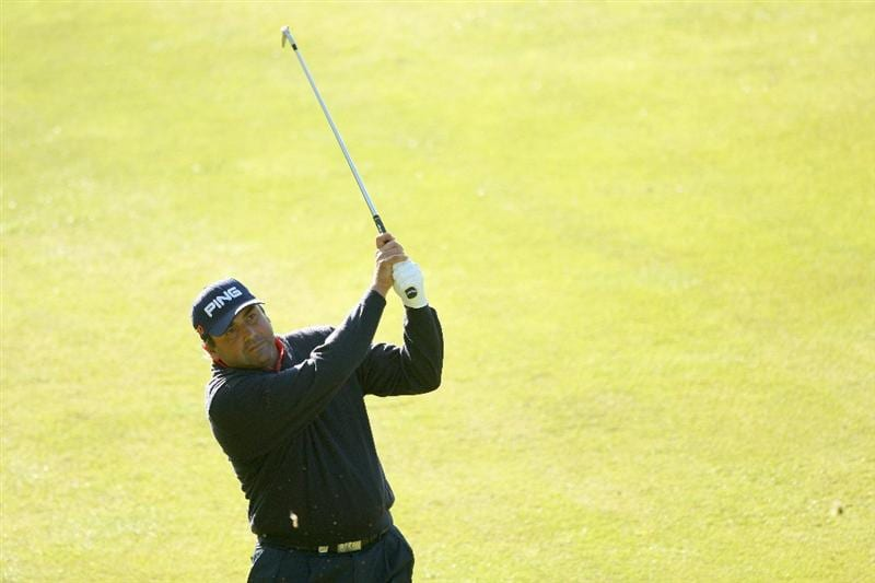 WENTWORTH, ENGLAND - MAY 22: Angel Cabrera of Argentina hits his second shot on the 1st hole during the Second Round of the BMW PGA Championship at Wentworth on May 22, 2009 in Virginia Water, England.  (Photo by Warren Little/Getty Images)