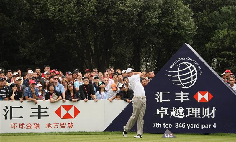 SHANGHAI, CHINA - NOVEMBER 07:  Nick Watney of the USA hits his tee-shot on the seventh hole during the third round of the WGC-HSBC Champions at Sheshan International Golf Club on November 7, 2009 in Shanghai, China.  (Photo by Andrew Redington/Getty Images)