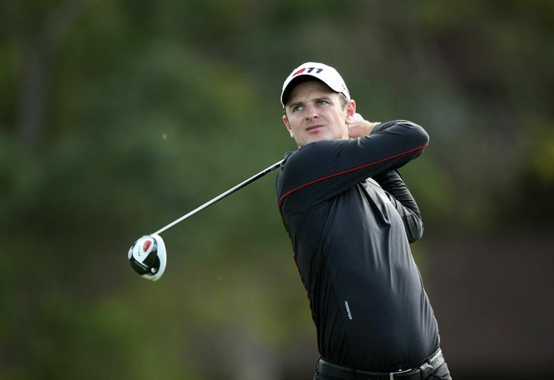 LA JOLLA, CA - JANUARY 26:  Justin Rose of Great Britain tees off during the Pro-Am at the Farmers Insurance Open at Torrey Pines on January 26, 2011 in La Jolla, California. (Photo by Donald Miralle/Getty Images)