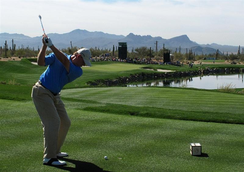 MARANA, AZ - FEBRUARY 27:  Ernie Els of South Africa plays his tee shot on the third hole during the third round of Accenture Match Play Championships at Ritz - Carlton Golf Club at Dove Mountain on February 27, 2009 in Marana, Arizona.  (Photo by Stuart Franklin/Getty Images)