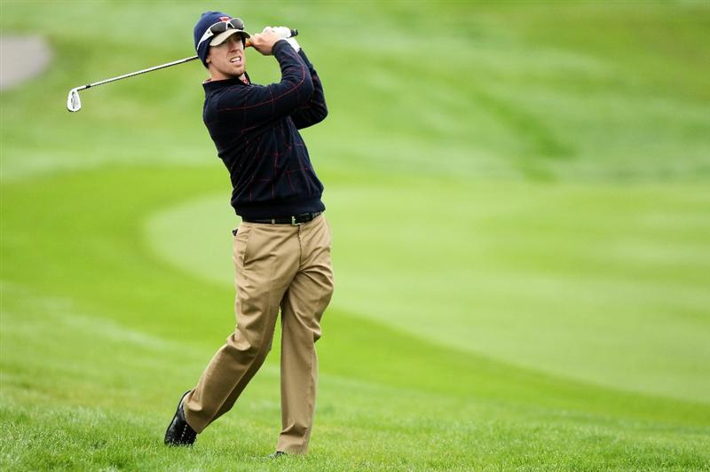 NEWPORT, WALES - SEPTEMBER 30:  Hunter Mahan of the USA hits an approach shot during a practice round prior to the 2010 Ryder Cup at the Celtic Manor Resort on September 30, 2010 in Newport, Wales.  (Photo by Andy Lyons/Getty Images)