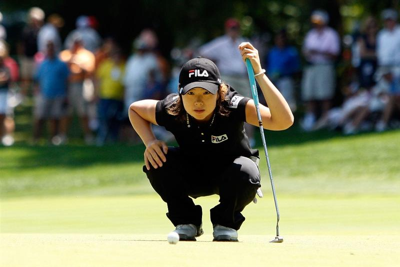 BETHLEHEM, PA - JULY 12:  Eun Hee Ji lines up a putt on the first hole during the final round of the 2009 U.S. Women's Open at Saucon Valley Country Club on July 12, 2009 in Bethlehem, Pennsylvania.  (Photo by Chris Graythen/Getty Images)