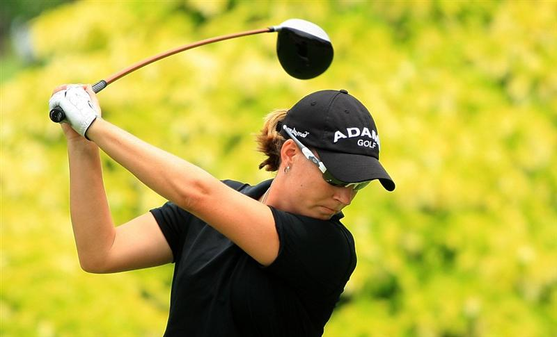 SINGAPORE - MARCH 07:  Lindsey Wright of Australia hits her tee shot on the tenth hole during the third round of the HSBC Women's Champions at the Tanah Merah Country Club on March 7, 2009 in Singapore  (Photo by Scott Halleran/Getty Images)