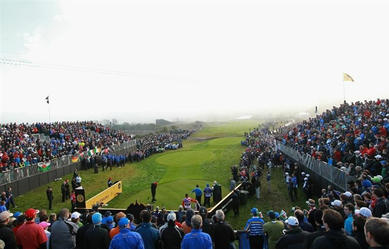 NEWPORT, WALES - OCTOBER 04:  Steve Stricker of the USA watches his tee shot on the first hole in the singles matches during the 2010 Ryder Cup at the Celtic Manor Resort on October 4, 2010 in Newport, Wales.  (Photo by Andrew Redington/Getty Images)