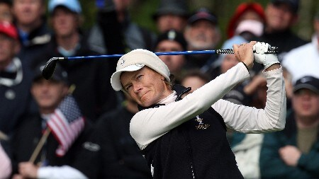 HALMSTAD, SWEDEN - SEPTEMBER 15:  Catriona Matthew of Scotland and The European Team hits her tee shot to the 7th green during the morning foursome matches of the 2007 Solheim Cup, held at the Halmstad Golf Club September 15, 2007 in Halmstad, Sweden.  (Photo by David Cannon/Getty Images)