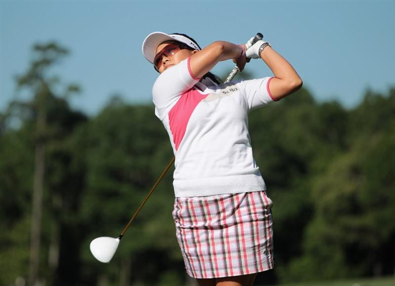 MOBILE, AL - APRIL 28:  Jenny Suh hits her tee shot on the seventh hole during the first round of the Avnet LPGA Classic at the Crossings Course at the Robert Trent Jones Trail at Magnolia Grove on April 28, 2011 in Mobile, Alabama.  (Photo by Scott Halleran/Getty Images)