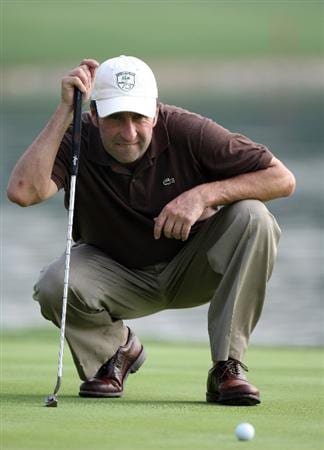DUBAI, UNITED ARAB EMIRATES - JANUARY 28:  Jose Marie Olazabal of Spain during the pro-am event prior to the Dubai Desert Classic on the Majlis Course on January 28, 2009 in Dubai, United Arab Emirates.  (Photo by Ross Kinnaird/Getty Images)