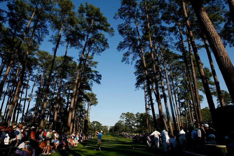 AUGUSTA, GA - APRIL 11:  Chad Campbell plays his tee shot on the 17th hole during the third round of the 2009 Masters Tournament at Augusta National Golf Club on April 11, 2009 in Augusta, Georgia.  (Photo by Jamie Squire/Getty Images)