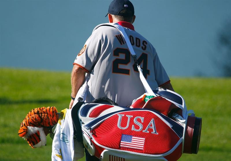 SAN FRANCISCO - OCTOBER 07:  USA Team caddie Steve Williams walks across a fairway during a practice round prior to the start of The Presidents Cup at Harding Park Golf Course on October 7, 2009 in San Francisco, California.  (Photo by Scott Halleran/Getty Images)