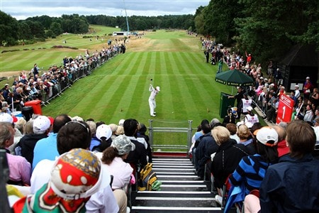 SUNNINGDALE, UNITED KINGDOM - AUGUST 03:  Na-Yeon Choi of South Korea hits her tee shot at the 2nd hole during the final round of the 2008  Ricoh Women's British Open Championship held on the Old Course at Sunningdale Golf Club, on August 3, 2008 in Sunningdale, England.  (Photo by David Cannon/Getty Images)