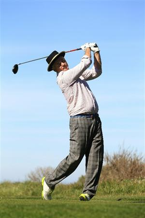 PEBBLE BEACH, CA - FEBRUARY 11:  Actor Bill Murray hits from the sixth tee box at the AT&T Pebble Beach National Pro-Am- Round Two at the Spyglass golf club on February 11, 2011 in Pebble Beach, California.  (Photo by Jed Jacobsohn/Getty Images)