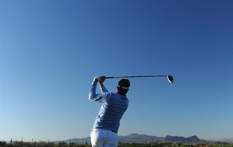 MARANA, AZ - FEBRUARY 22:  Luke Donald of England plays a shot during practice prior to the start of the World Golf Championships-Accenture Match Play Championship held at The Ritz-Carlton Golf Club, Dove Mountain on February 22, 2011 in Marana, Arizona.  (Photo by Stuart Franklin/Getty Images)