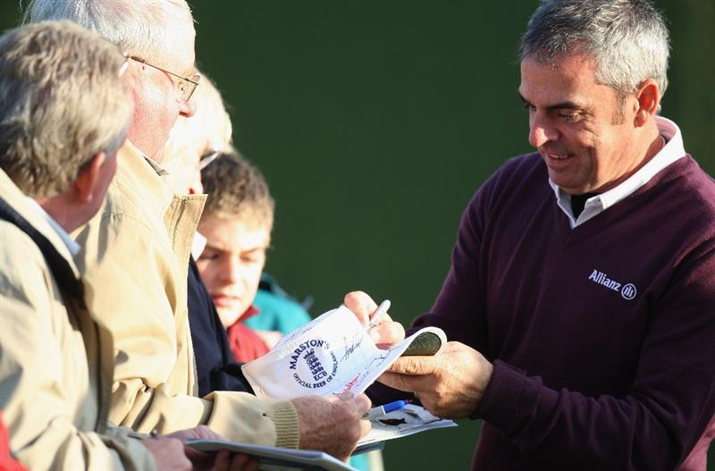 KINGSBARNS, UNITED KINGDOM - OCTOBER 02:  Paul McGinley of Ireland signs autographs after finishing the first round of The Alfred Dunhill Links Championship at Kingsbarns Golf Links on October 2, 2008 in Kingbarns, Scotland. (Photo by Ross Kinnaird/Gettyimages)