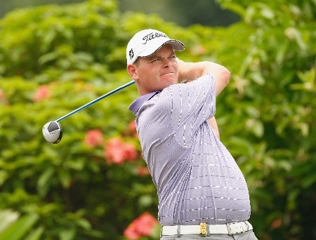JAKARTA, INDONESIA - FEBRUARY 14:  David Drysdale of Scotland plays his tee shot on the 12th hole during the first round of the 2008 Enjoy Jakarta Astro Indonesian Open at the Cengkareng Golf Club on February 14, 2008 in Jakarta, Indonesia.  (Photo by Stuart Franklin/Getty Images)