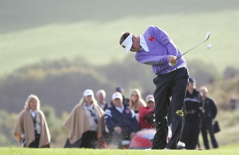 NEWPORT, WALES - OCTOBER 02:  Jeff Overton of the USA hits an approach shot on the 16th hole  during the rescheduled Morning Fourball Matches during the 2010 Ryder Cup at the Celtic Manor Resort on October 2, 2010 in Newport, Wales.  (Photo by Jamie Squire/Getty Images)