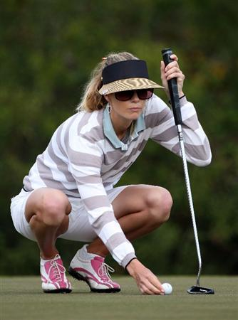 DAYTONA BEACH, FL - DECEMBER 04:  Anna Rawson lines up a birdie putt on the 2nd hole during the second round of the LPGA Qualifying School at LPGA International on December 4, 2008 in Daytona Beach, Florida.  (Photo by Sam Greenwood/Getty Images)
