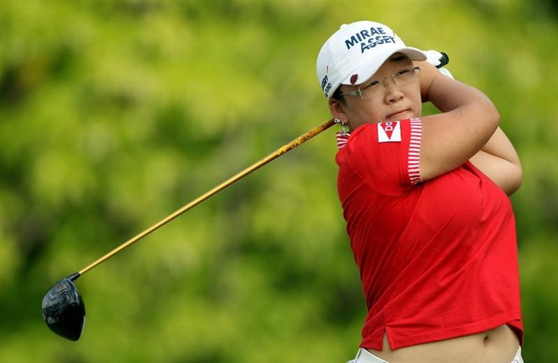 SINGAPORE - FEBRUARY 28:  Jiyai Shin of South Korea hits her tee-shot on the sixth hole during the final round of the HSBC Women's Champions at the Tanah Merah Country Club on February 28, 2010 in Singapore.  (Photo by Andrew Redington/Getty Images)