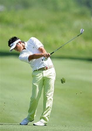CROMWELL, CT - JUNE 25:  Ryuji Imada of Japan hits a shot from the fairway during the second round of the Travelers Championship held at TPC River Highlands on June 25, 2010 in Cromwell, Connecticut.  (Photo by Michael Cohen/Getty Images)