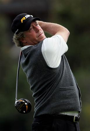 PACIFIC PALISADES, CA - FEBRUARY 06:  Michael Allen hits a tee shot on the second hole during the third round of the Northern Trust Open at Riviera Country Club on February 6, 2010 in Pacific Palisades, California.  (Photo by Jeff Gross/Getty Images)