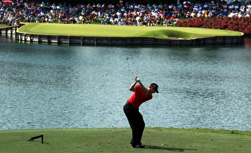 PONTE VEDRA BEACH, FL - MAY 15:  Chris Stroud hits his tee shot on the 17th hole during the final round of THE PLAYERS Championship held at THE PLAYERS Stadium course at TPC Sawgrass on May 15, 2011 in Ponte Vedra Beach, Florida.  (Photo by Scott Halleran/Getty Images)