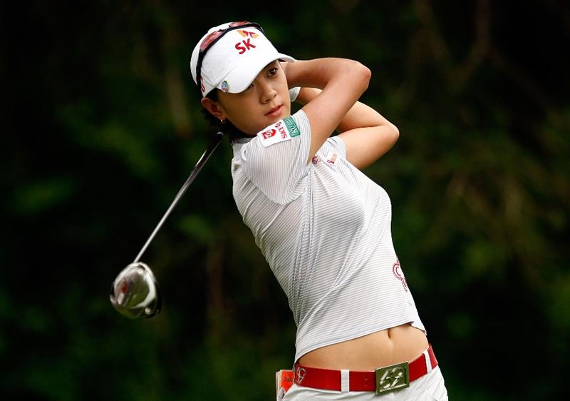 BETHLEHEM, PA - JULY 11:  Na Yeon Choi of South Korea watches her tee shot on the third hole during the third round of the 2009 U.S. Women's Open at the Saucon Valley Country Club on July 11, 2009 in Bethlehem, Pennsylvania.  (Photo by Scott Halleran/Getty Images)