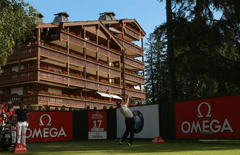CRANS, SWITZERLAND - SEPTEMBER 04:  Miguel Angel Jimenez of Spain tees off on the 17th hole during the third round of The Omega European Masters at Crans-Sur-Sierre Golf Club on September 4, 2010 in Crans Montana, Switzerland.  (Photo by Warren Little/Getty Images)