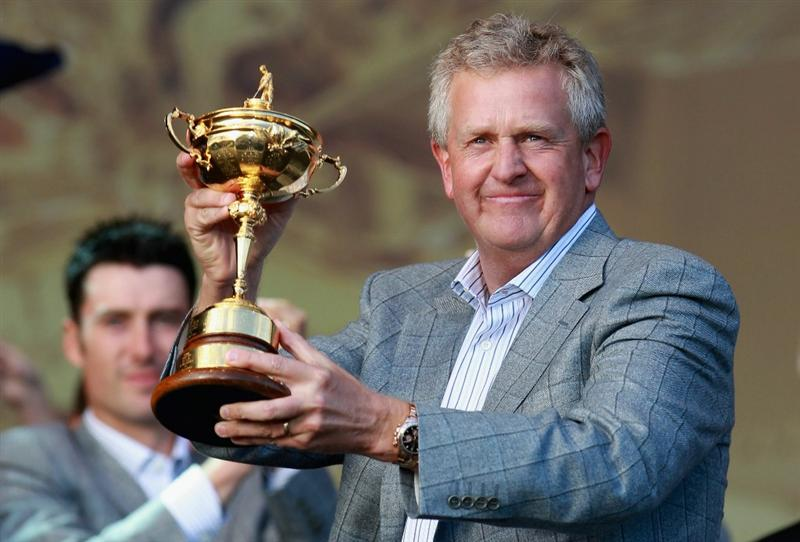 NEWPORT, WALES - OCTOBER 04:  Colin Montgomerie of Europe poses with the Ryder Cup at the closing cermonies following Europe's 14.5 to 13.5 victory over the USA at the 2010 Ryder Cup at the Celtic Manor Resort on October 4, 2010 in Newport, Wales.  (Photo by Andrew Redington/Getty Images)